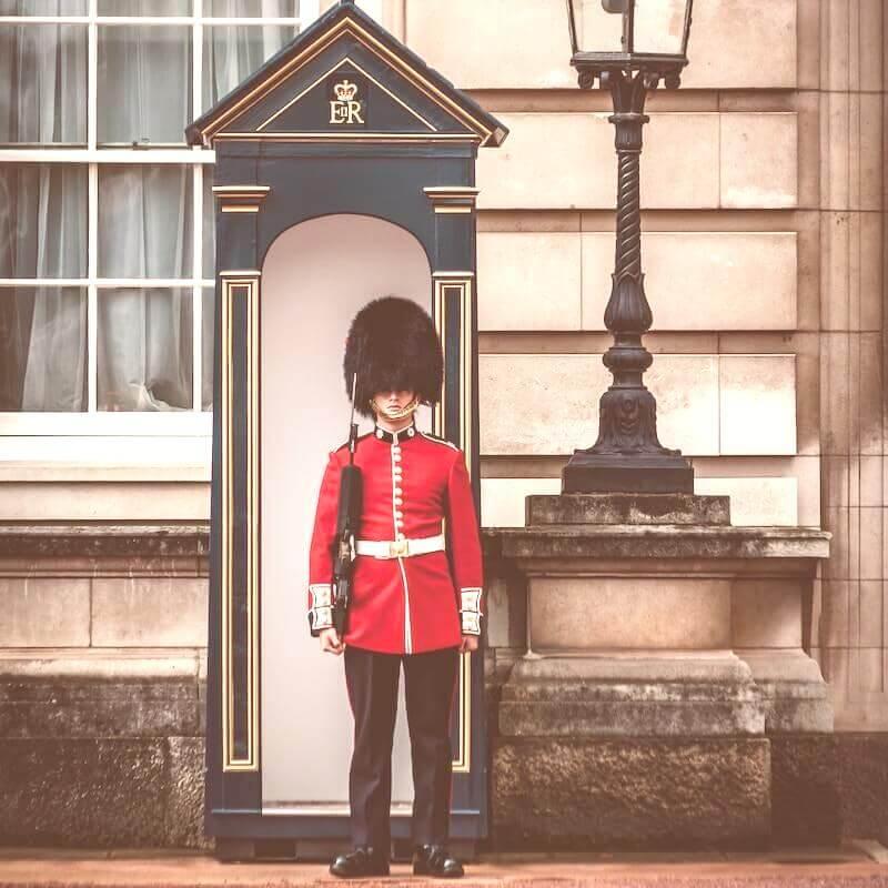 Garde à Buckingham Palace